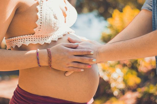 pierwsze miesiące ciąży