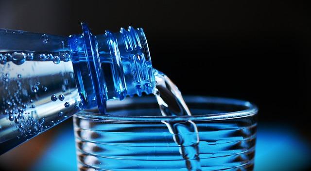 rodzaje wody butelkowanej