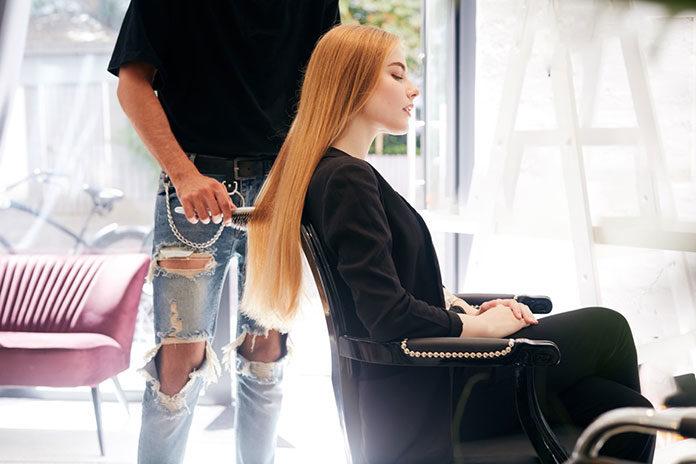Szukasz dobrego fryzjera w Katowicach? Sprawdź to, zanim zadzwonisz do przyjaciółki