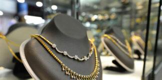 Najmodniejsza złota biżuteria nadająca się dla każdej kobiety